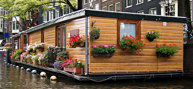 https://www.amsterdam.net/it/wp-content/uploads/sites/20/Floating-House.jpg