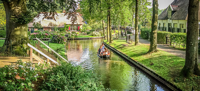 Tour in barca Giethoorn